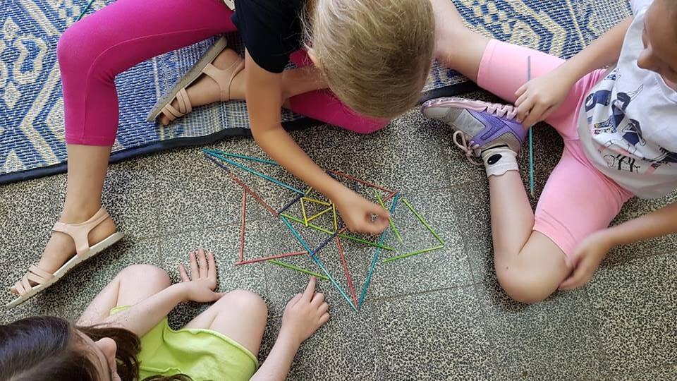 למידה מתוך מקצבים פנימיים. משחק